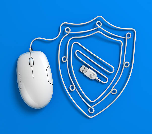Computer mouse Kabelfernsehen und internet security shield-Konzept – Foto