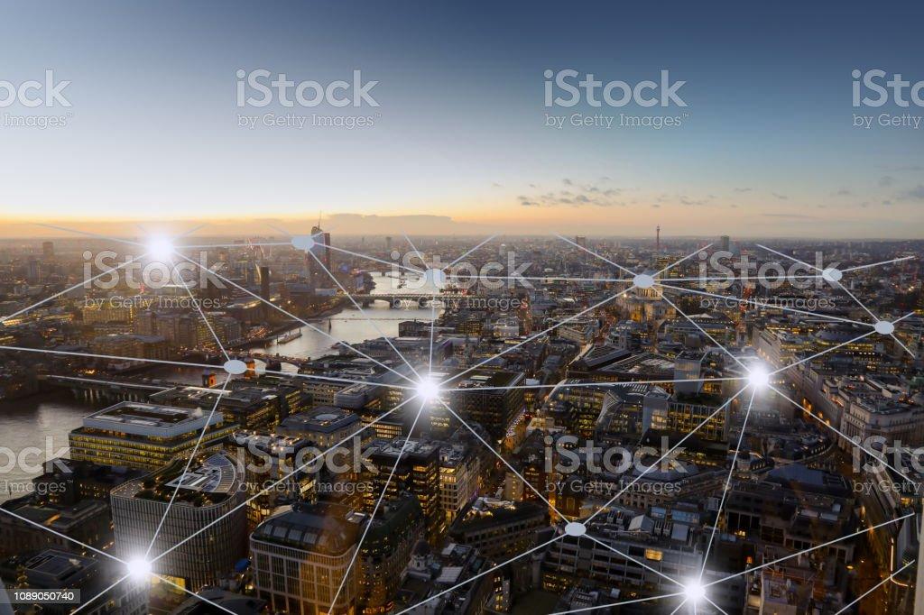 Computer Netzwerk Verbindung moderne Stadt Zukunftstechnologie – Foto