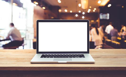 컴퓨터 노트북 테이블 카페에 텅 빈 스크린을 레스토랑 경영자에 대한 스톡 사진 및 기타 이미지
