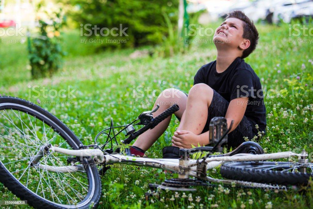 meilleur authentique prix officiel taille 7 Photo libre de droit de Accident De Vélo De Concept Jeune ...