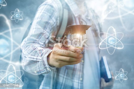 istock Concept Learning is light. 1016227258
