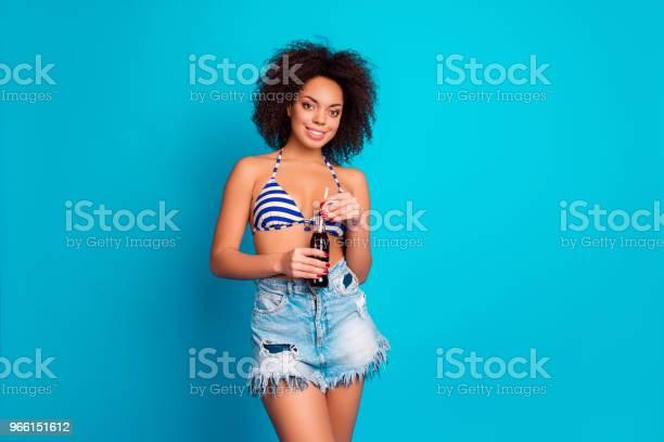 Begreppet Har Beach Party Porträtt Av Glada Härliga C-foton och fler bilder på Avkoppling
