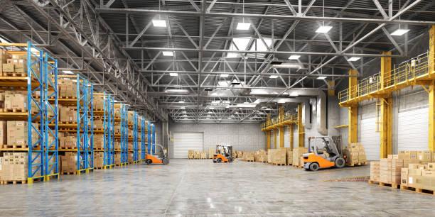 concept of warehouse. the forklift between rows in the big warehouse - magazyn budynek przemysłowy zdjęcia i obrazy z banku zdjęć