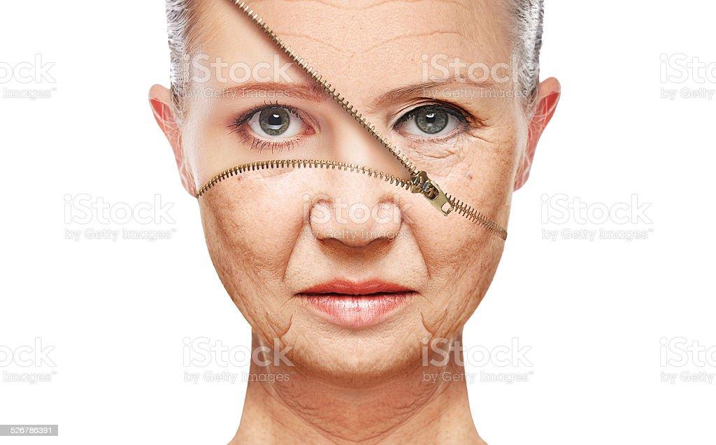concept de la peau anti-âge aging. procédures, de ressourcement, de la peau du visage liftant - Photo