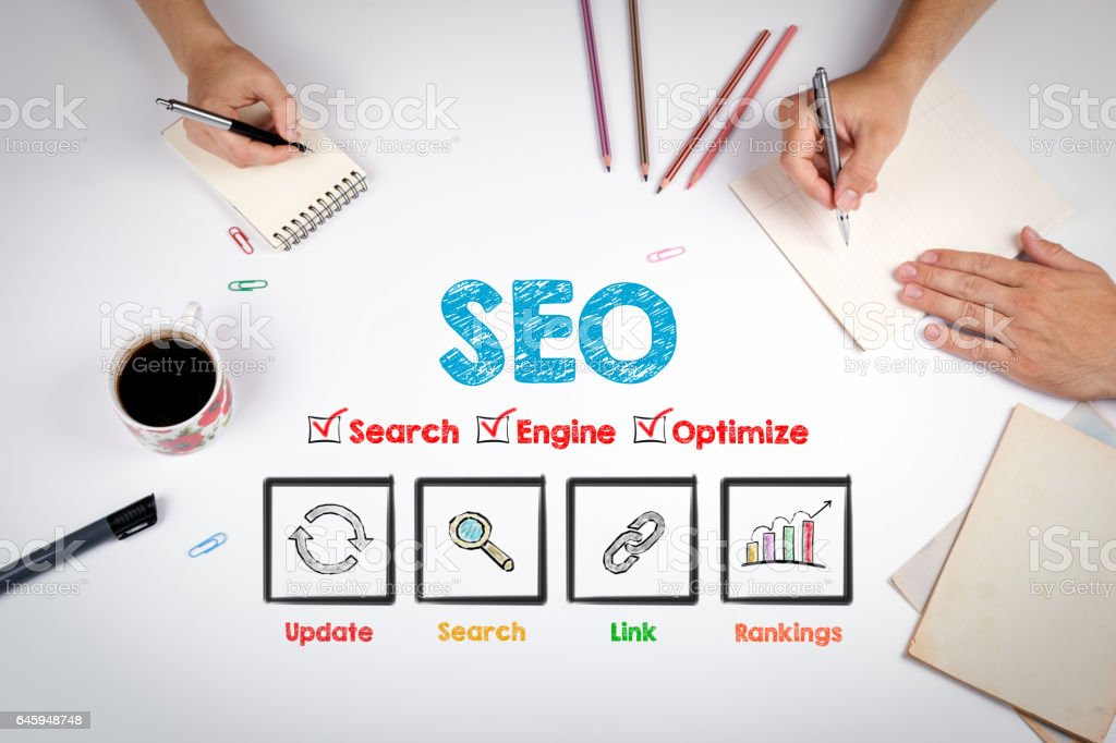 SEO Concept. The meeting at the white office table - foto stock