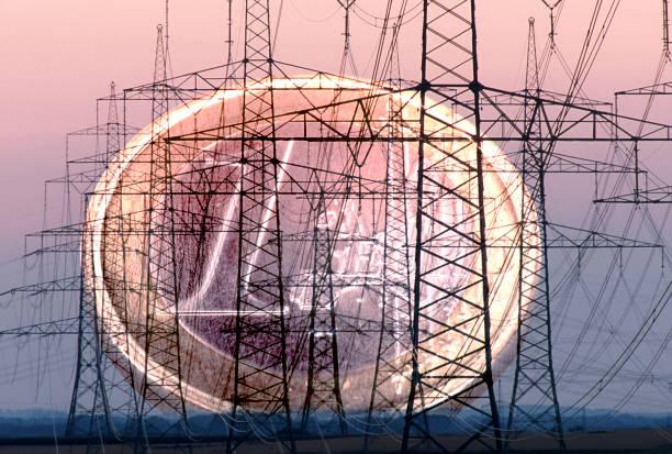 konzeptionelle elektrische Masten und Steckdose – Foto