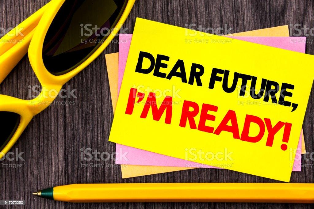 Foto De Exibição De Texto Conceitual Mão Caro Futuro Eu Am