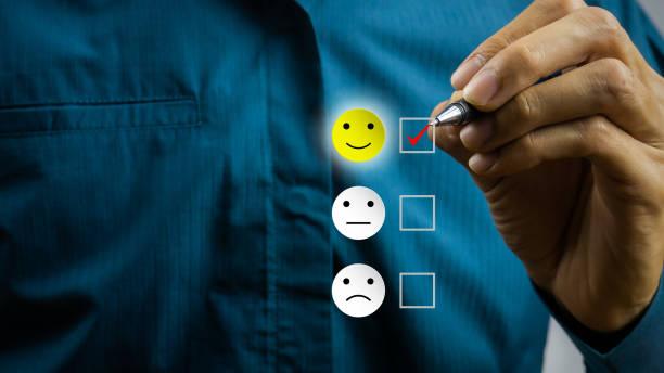 conceptual the customer responded to the survey. - fedeltà foto e immagini stock