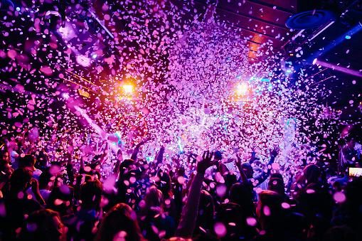 Koncert Tłum - zdjęcia stockowe i więcej obrazów Atmosfera - Wydarzenia