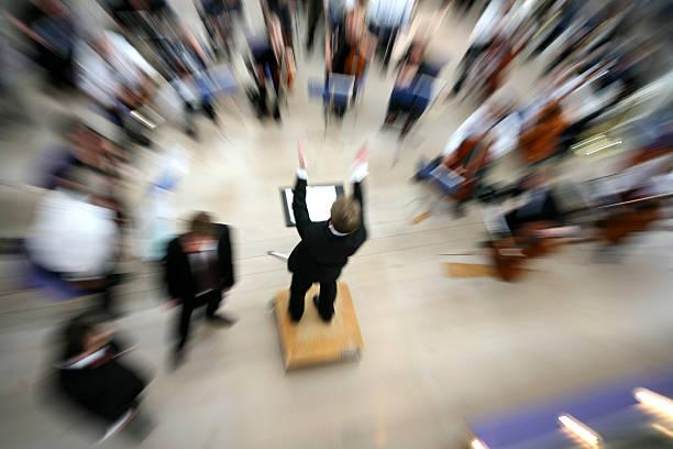 concerto - orchestra conductor behind foto e immagini stock