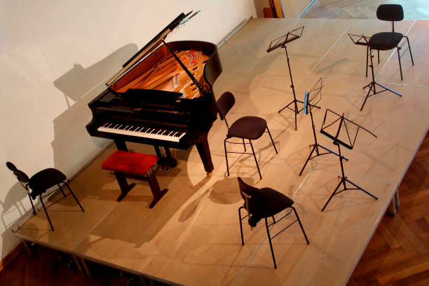 Konzertbühne eingerichtet für ein Quartett – Foto