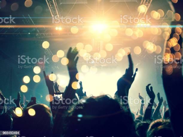 Konzertbühne Mit Blendenfleck Stockfoto und mehr Bilder von Aufführung