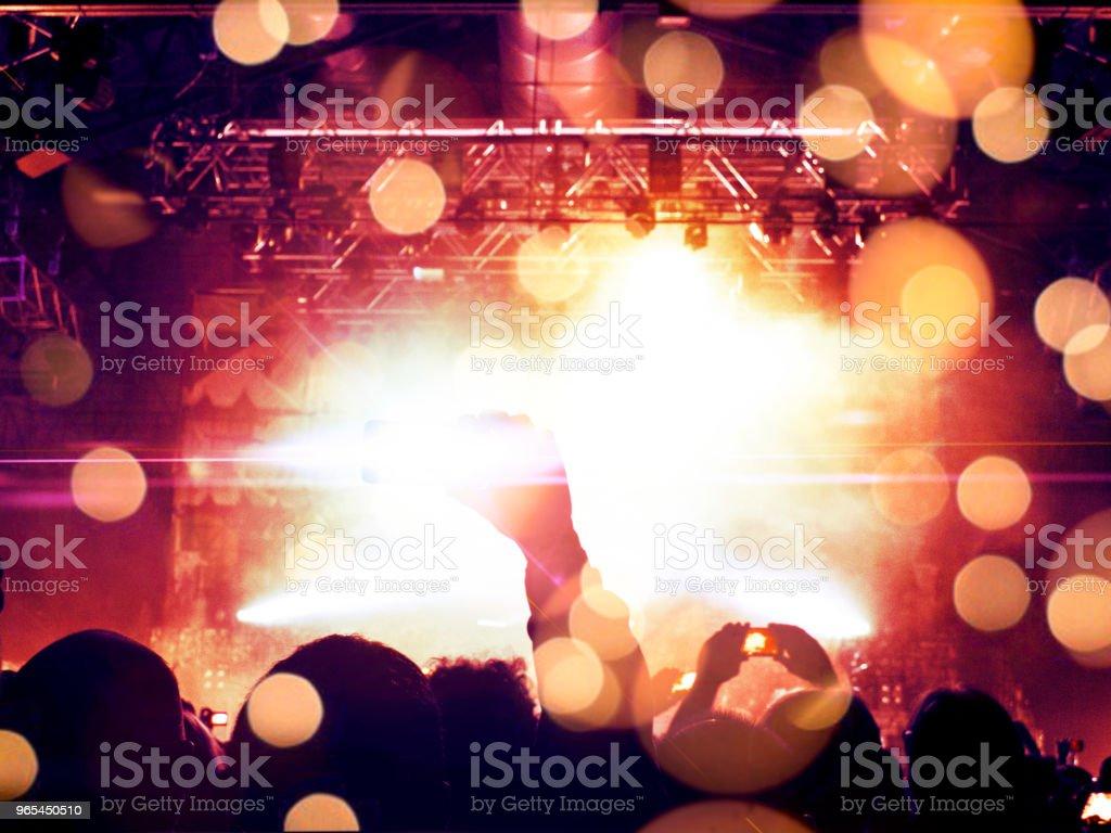 Konzertbühne mit Blendenfleck - Lizenzfrei Aufführung Stock-Foto
