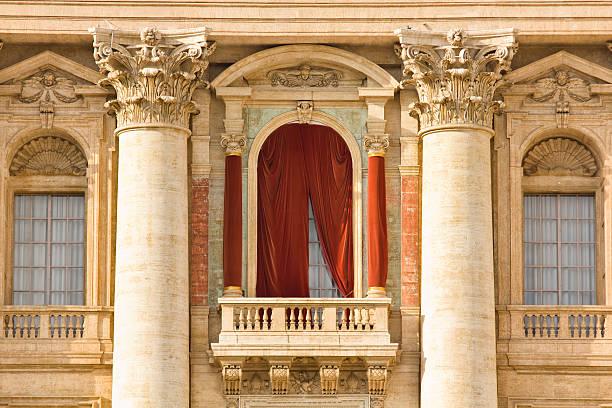 conclave balkon, vatikan - papst benedikt xvi stock-fotos und bilder