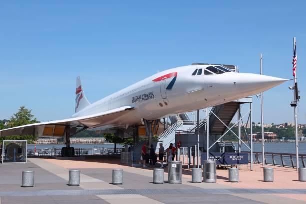 le concorde - avion supersonique concorde photos et images de collection