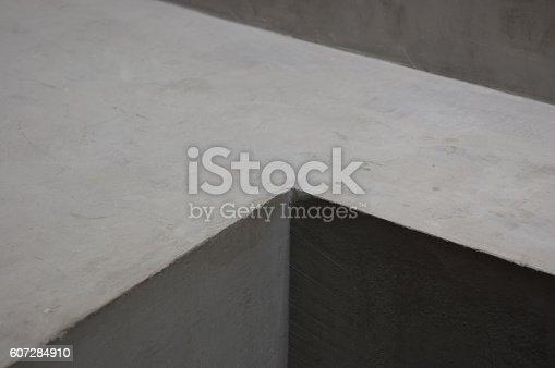 istock Concrete Corner Grey walls Abstract background geometric shadow 607284910