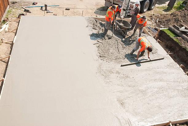 equipaggio di cemento - calcestruzzo foto e immagini stock