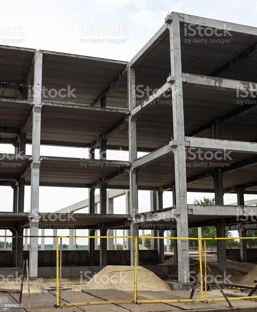 Beton Rahmen Der Künftigen Gebäude Im Bau Website Stock-Fotografie ...