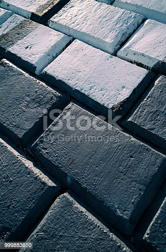 istock Concrete wall background 999883610