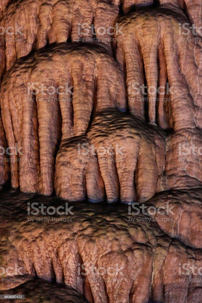 Concrétions minérales (stalactites) stock photo