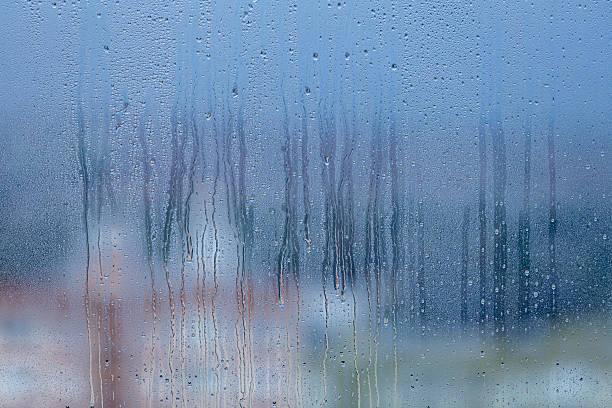kondenswasser hintergrund - dampfreiniger fenster stock-fotos und bilder