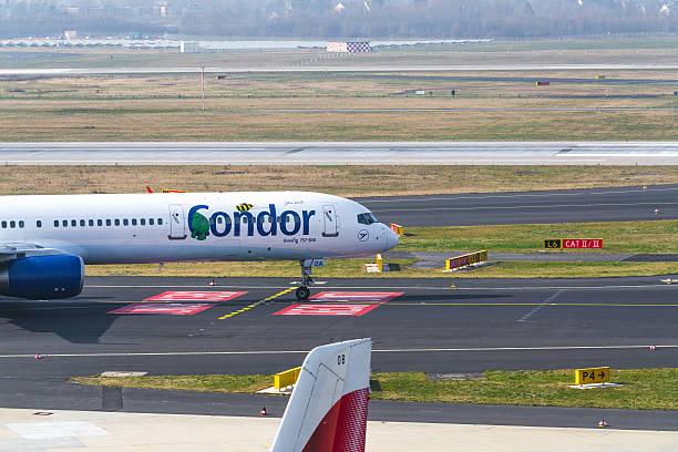 condor boing 757-300 - nrw ticket stock-fotos und bilder