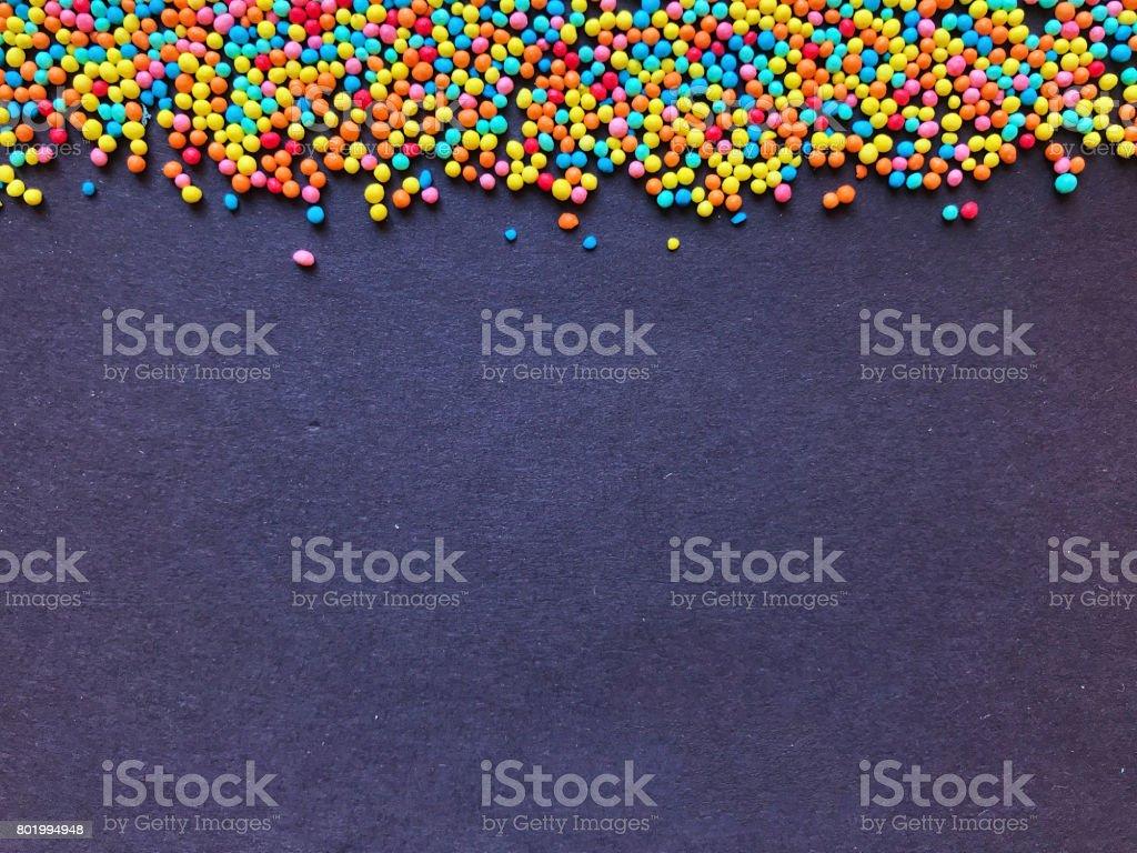 Pitada de confeitaria bolas coloridas - foto de acervo