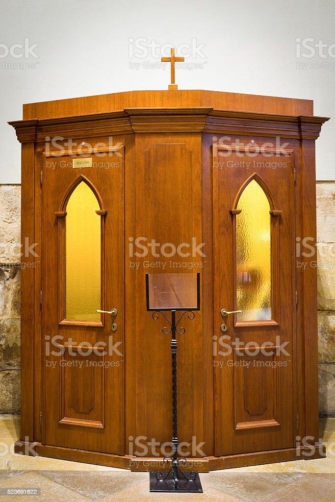 Confessional – Foto