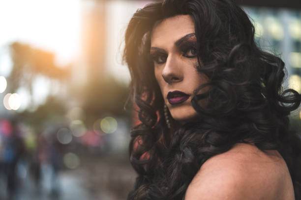 confident drag queen - transvestite stock photos and pictures