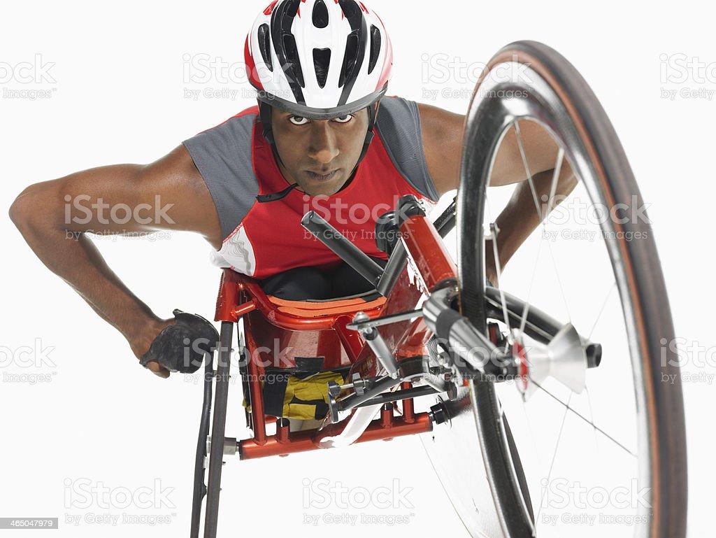 Parapléjico Cycler confianza - foto de stock