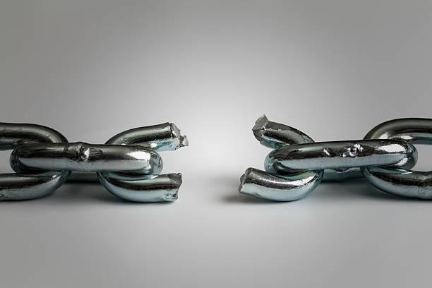 Konflikt in business-Konzept mit gebrochenen Kette – Foto