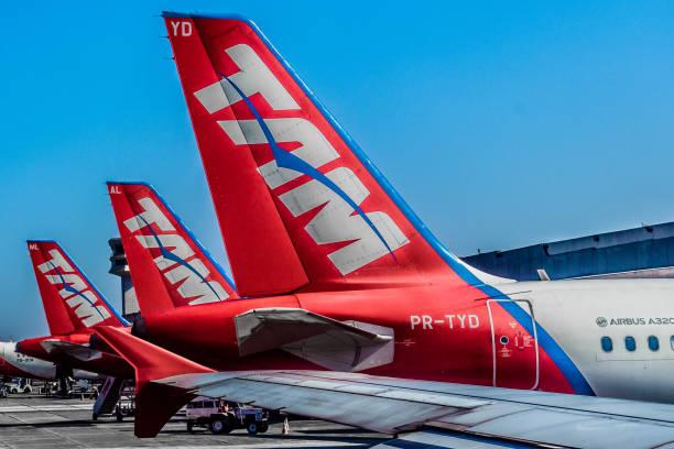 congonhas - são paulo airport (cgh / sbsp), brazil - aeroporto de congonhas - fotografias e filmes do acervo