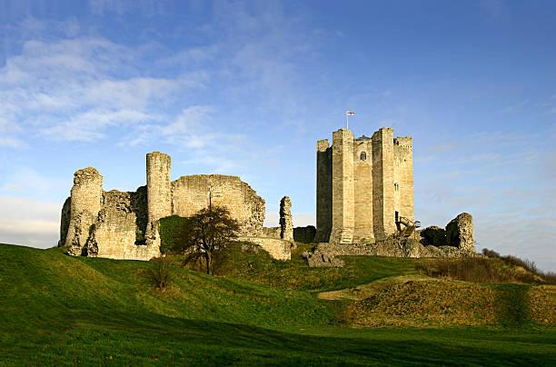castello di conisbrough - yorkshire meridionale foto e immagini stock
