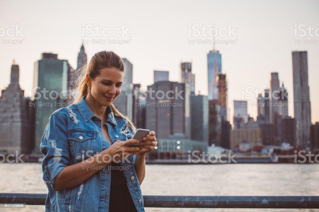 Verbindungstür mit Personen – Foto