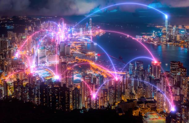 Conexión y tecnología de red inalámbrica con La ciudad de Hong Kong.ciudad inteligente, Internet de las cosas, big data, tecnología fin - foto de stock