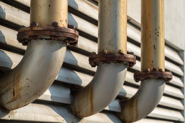 connection of a ventilation hoods outside of building. - com portada imagens e fotografias de stock