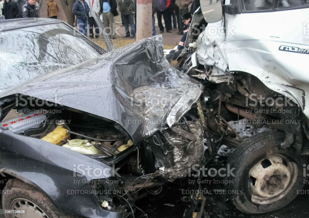 Highway in Kharkov, Consequences of a car accident, a wrecked car....