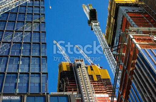 Constructing skyscraper in New York City
