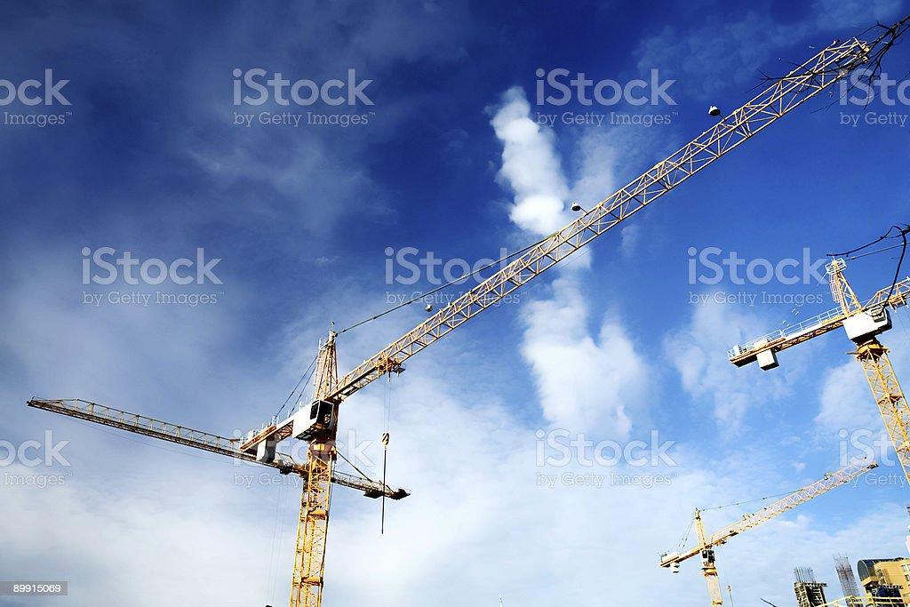 Grúas de construcción foto de stock libre de derechos