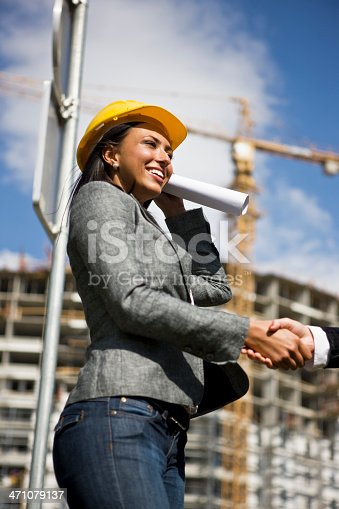 521012560istockphoto Construction Deal 471079137