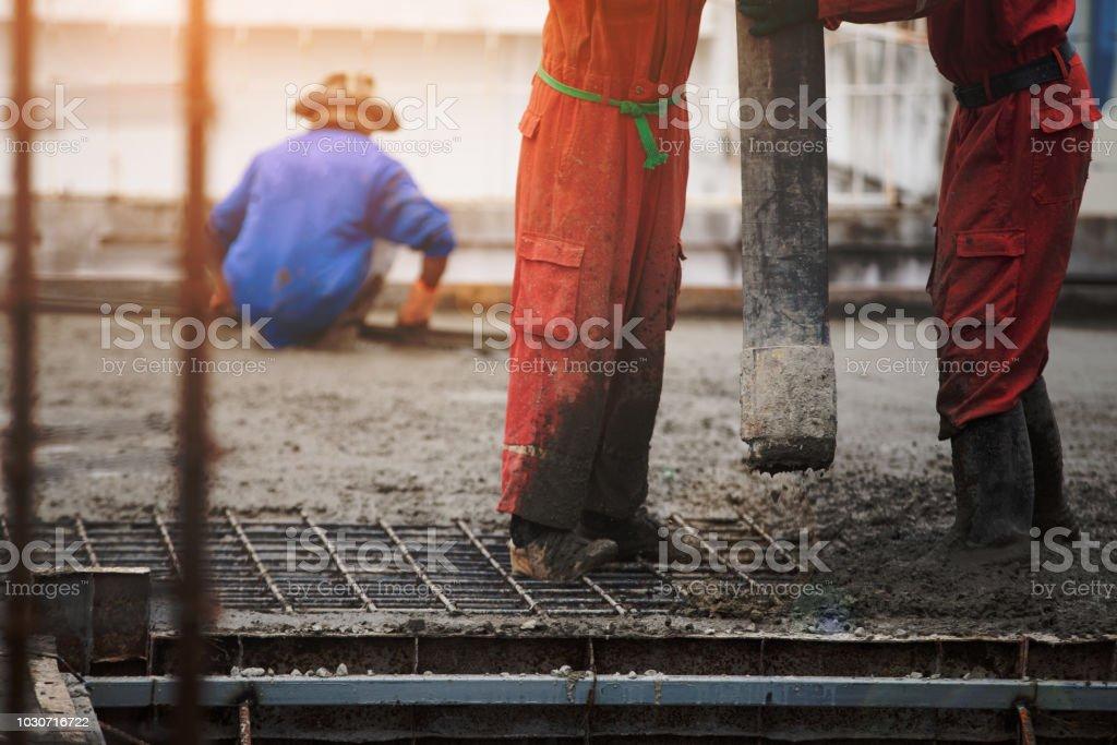 Trabajador de la construcción los hombres - foto de stock