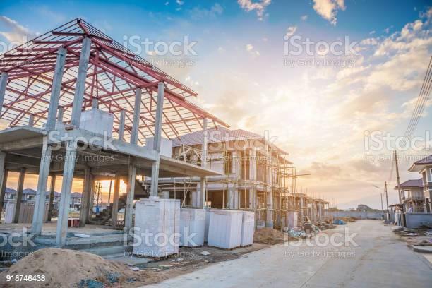 Construction residential new house in progress at building site picture id918746438?b=1&k=6&m=918746438&s=612x612&h=pei3qoqxulmto9qn7m5h0o4vcs1p28 yizyxgxhmxe0=