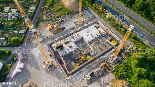 Construction site and equipment aerial view picture id961819728?b=1&k=6&m=961819728&s=612x612&h=p vt3dtv69asj1 pqqftkywj7lippdlp06zl52p3ia8=