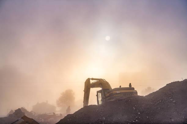 site de construction haze - imploser photos et images de collection