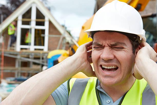 構造に悩む人にお勧めの騒音公害サイトの構築 ストックフォト