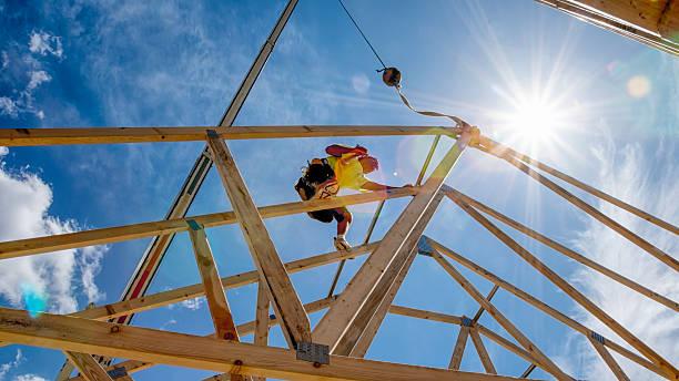 Bauarbeiter die eine Gebäude – Foto