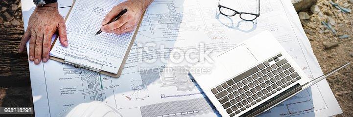 istock Construction Worker Planning Constractor Developer Concept 668218292
