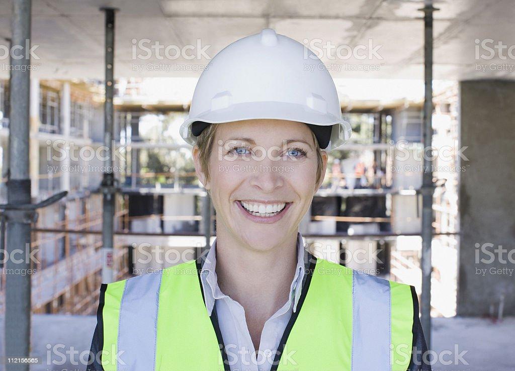 Bauarbeiter Lächeln auf Baustelle – Foto