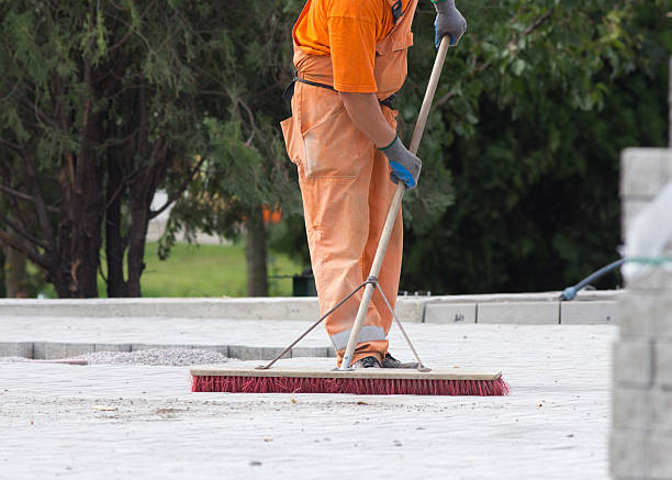 construction worker sweeping - sweeping stock pictures, royalty-free photos & images