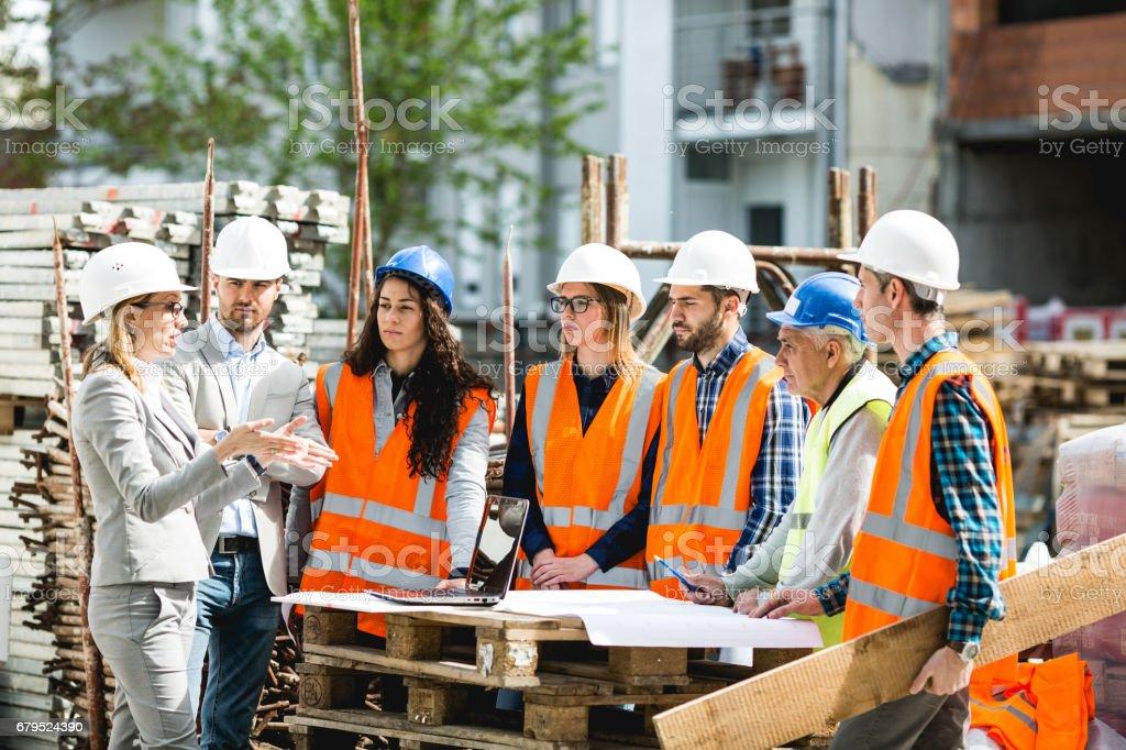 Trabajadores de la construcción foto de stock libre de derechos